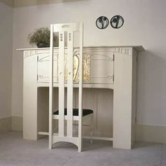 Desk, for the drawing room, 120 Mains Street, Glasgow 1900 by Charles Rennie Mackintosh. Mackintosh Chair, Mackintosh Furniture, Charles Mackintosh, Charles Rennie Mackintosh Designs, Art Nouveau Furniture, Furniture Design, Furniture Styles, Chair Design, Vintage Furniture