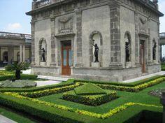 chapultepec castle | Foto de Castillo de Chapultepec, México: El carruaje de Carlota. Una ...