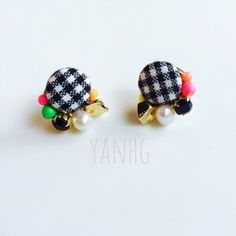 Diy Fashion Accessories, Craft Accessories, Handmade Accessories, Hair Accessories, Handmade Jewelry Box, Earrings Handmade, How To Make Earrings, Bead Earrings, Cute Jewelry