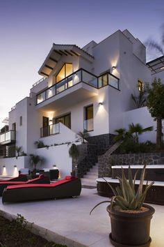 Millionaire Beach House |Via  ♕◆LadyLuxury◆♕