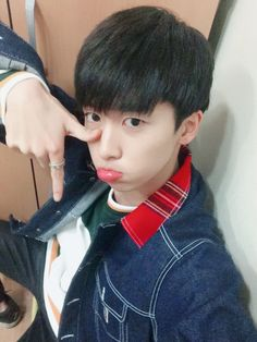 Xiao 샤오 || Lee Dongyeol 이동열 || UP10tion || 1998 || 177cm || Vocal || Maknae