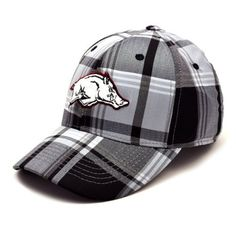 NCAA Arkansas Razorbacks Men s Line Drive 1 Fit Cap (Grey Plaid f17afa641