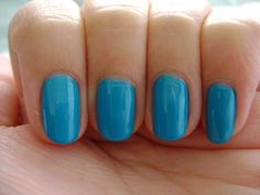 Smart and Sarcastic With Dashes of Insanity: REVIEW of Essie Strut Your Stuff…