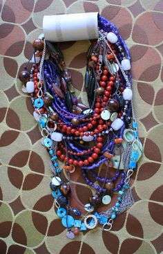 Packing necklaces on pinterest packing jewelry jewelry for How to pack jewelry for moving