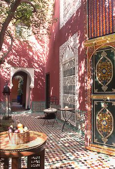 bluepueblo:  Courtyard, Marrakech, Morocco photo via india