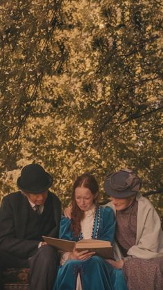 Anne with an E Gilbert Blythe, Anne Shirley, Movies Showing, Movies And Tv Shows, Series Movies, Tv Series, Netflix Series, Anne And Gilbert, Amybeth Mcnulty
