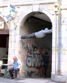 sculpture by Mark Jenkins in Rome (LP)