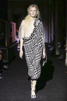 Simone Rocha Ready To Wear Fall Winter 2015 London
