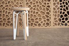 Designio001 Modular Furniture, Furniture Legs, Plywood Furniture, Furniture Design, Cnc Projects, Woodworking Projects, Classroom Furniture, Wood Detail, Wooden Stools