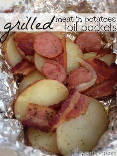 These Grilled Meat 'n Potatoes Foil Packets (ranch, onions, bacon, & sausage) will be your new favorite camping recipe! Foil Potatoes On Grill, Foil Packet Potatoes, Foil Packet Dinners, Foil Dinners, Hot Dogs, Grilling Recipes, Cooking Recipes, Grill Meals, Cooking Ideas