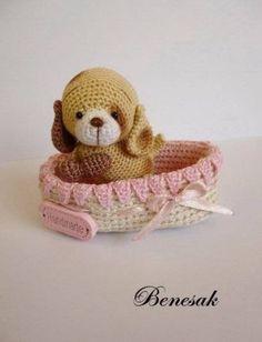 Thread-artist-crochet-miniature-Bear-Puppy-by-Benesak