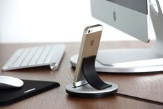 Just Mobile AluBolt Docking Station for iPhone and iPad Mini