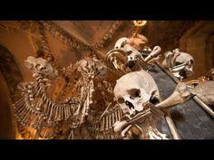 Kostnica v Sedleci (Sedlec Ossuary) Prague, Sedlec Ossuary, Ancient Tomb, Christian Religions, Vanitas, Skull And Bones, Memento Mori, Roman Catholic, Coat Of Arms