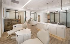 Take a look at our orthodontic office. We'll take you on a visual tour and give you information on our architecture and office design.