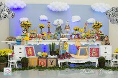 Olha que amor esta Festa Toy Story. Decoração Raquel Festas Especiais. Lindas…