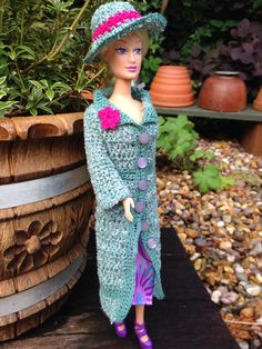 Barbie style! Crochet coat and hat