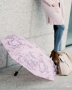 """Pinja's Blog on Instagram: """"I really seem to have a pink season! 💕 And this umbrella was a reason I said """"yay!"""" when I woke up this morning and saw it was raining 😁🌧…"""" #lasessor #umbrella #pink #vaaleanpunainen #sticollection #furla #cubus #tyyli #sateenvarjo #accessories #nouwinfluencer #style #ootd #lifestyleblogger Woke Up This Morning, Wake Me Up, I Said, Furla, Cool Style, Ootd, Style Inspiration, Seasons, Blog"""