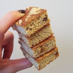 Koekjes van appel en havermout Healthy Cake, Healthy Cookies, Healthy Baking, Cookie Desserts, Just Desserts, Delicious Desserts, Yogurt Dessert, Good Food, Yummy Food