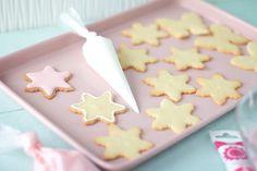 Pullahiiren leivontanurkka: Pikkuleipien koristelu - Pikeeri eli Royal icing