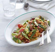 Bulgur-Salat mit Gurke und Mandeln - Rezepte: Hochzeitsbüfett - 9 - [ESSEN & TRINKEN]