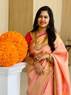 Kasumala with Heavy Kundan Pendant South Indian Bridal Jewellery, Indian Bridal Fashion, Indian Jewelry, Half Saree Function, Kids Ethnic Wear, Saree Blouse Designs, Blouse Patterns, Bride Sister, Saree Models