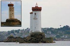 Le phare de la Croix est, avec celui de Bodic, un feu d'alignement pour rentrer dans le chenal du Trieux devant Loguivy de la Mer, sur l'île de Bréhat. Ce phare est spécial car il a deux couleurs...