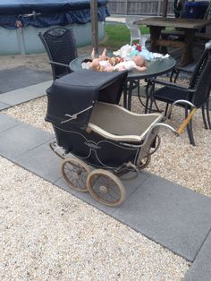 antique darling baby carriage 1940'-1950's #darling