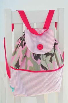 Accesorios para bebes - Su primer Mochilita. www.lorenzabasicos.com Diaper Bag, Bags, Fashion, Handbags, Moda, La Mode, Diaper Bags, Fasion, Totes