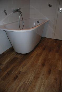 Amtico Signature Worn Oak vinilinės dizaino grindys.