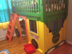 Looking for some groovy ninja decor. This fun collection of Teenage Mutant Ninja Turtles themed decor features stylish, fun and practical room accessories. Ninja Turtle Decorations, Kids Bunk Beds, Do It Yourself Home, Teenage Mutant Ninja Turtles, Boys Ninja Turtle Room, Pics Art, Boy Room, Nursery Room, Plank