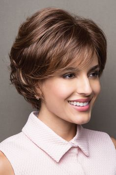 Noriko wigs - Sandie # 1648 front 3 Source by sanbermeo Short Hair With Layers, Layered Hair, Short Hair Cuts, Short Hairstyles For Women, Hairstyles With Bangs, Vog Coiffure, Medium Hair Styles, Curly Hair Styles, Short Wigs
