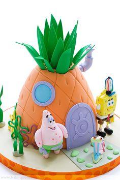 Spongebob cake looks cool 4th Birthday Parties, Birthday Fun, Birthday Cake, Pie Cake, No Bake Cake, Cupcakes, Cupcake Cakes, Kid Desserts, Pineapple Cake
