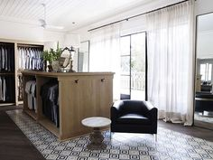 loving the diamond tiling in this gorgeous closet