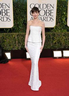 Anne Hathaway Golden Globes 2013 - beautiful Google Image Result for http://cdn.abclocal.go.com/images/otrc/2010/photos/130113-otrc-ap-galleryimg-golden-globes-arrivals-anne-hathaway-2.jpg