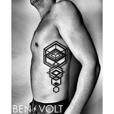 A linear expanding #hexagon based form for Bryan. First tattoo! #benvolt #blackwork #tattoo #tattoos #graphicdesign #geometric #form8tattoo #sanfrancisco #blackworkerssubmission #blxckink by benvolt