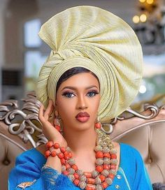 12 Smashing Gele Styles for every slay mama - Fashion Empire TV African Scarf, African Hats, African Clothes, African Lace Dresses, Latest African Fashion Dresses, Ankara Fashion, African Traditional Wedding Dress, Hair Scarf Styles, Dress Styles