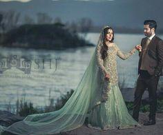 Walima couple Beautiful Bride, Beautiful Outfits, Wedding Wear, Wedding Dresses, Walima Dress, Engagement Dresses, Bridal Photography, Indian, Poses