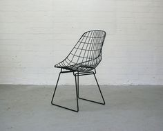So in love with this Chair! Wire Chair Black Cees Braakman for Pastoe