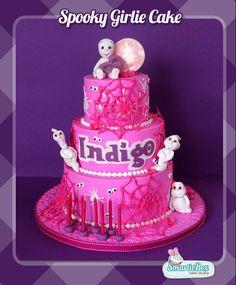 Spooky girlie cake, spiderwebs, casper, pink