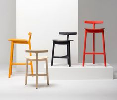 Chaises de bar | Sièges | Radice Stool | MC7 | Mattiazzi | Sam. Check it out on Architonic
