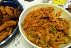 Meat Recipes, Guacamole, Curry, Food And Drink, Chicken, Ethnic Recipes, Bed Room, Sitting Rooms, Curries