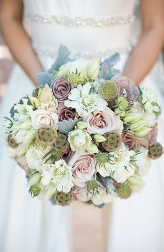 We love partnering with @weddingwire to brainstorn so much wedding inspiration.