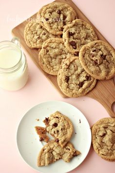 Science of a chocolate chip cookie. How to manipulate basic ingredients in a cookie recipe to yield specific results.