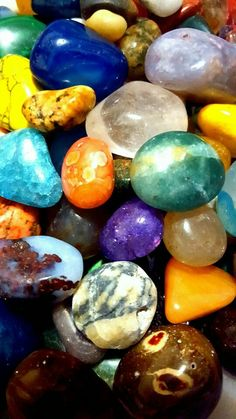Rock And Pebbles, Rocks And Gems, Rocks And Minerals, Beautiful Nature Wallpaper, Colorful Wallpaper, Pebble Stone, Stone Art, Crystals And Gemstones, Stones And Crystals
