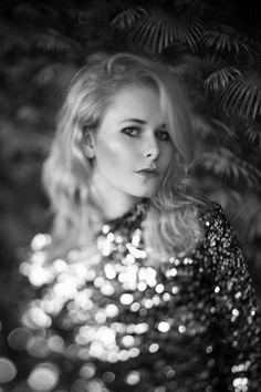 Freelensing Fotografie Tipps und Tricks Portrait schwarz weiß