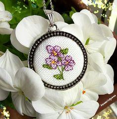 Kanaviçe kolye - Handmade Cross stitch Necklace Sipariş için; https://www.instagram.com/kanavicepano/