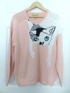 NWT WILDFOX Couture WHITE LABEL Joan Baggy Boy Beach V-Neck Pink Cat Sweater S  #WildfoxCouture #VNeck