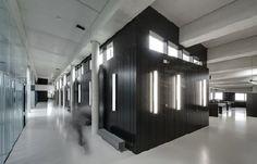 Fidias Awards 2011: Kantoorgebouw Valcke Prefab Beton van BURO II & ARCHI+I / GIRA, HOLCIM BELGIË N.V. , SAINT GOBAIN GLASS en VOLA