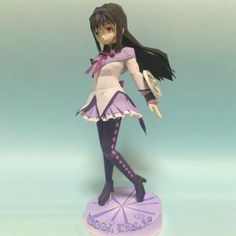 Akemi Homura Paper Doll In Anime Style - by Kujira -- A really beautiful paper doll, by Japanese designer Kujira, via Pepakura Gallery website.