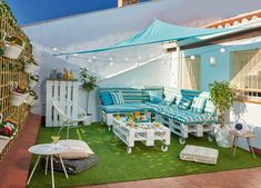 Awesome Decoracion Terraza Ideas Para Decorar Terrazas Urbanas Chill Out Design Ideas for Your Home Decorating and Home Remodeling of The Years Pergola Patio, Pergola Plans, Backyard, Pergola Kits, Ideas Terraza, Terrace Garden Design, Terrace Ideas, Rooftop Restaurant, Outdoor Living